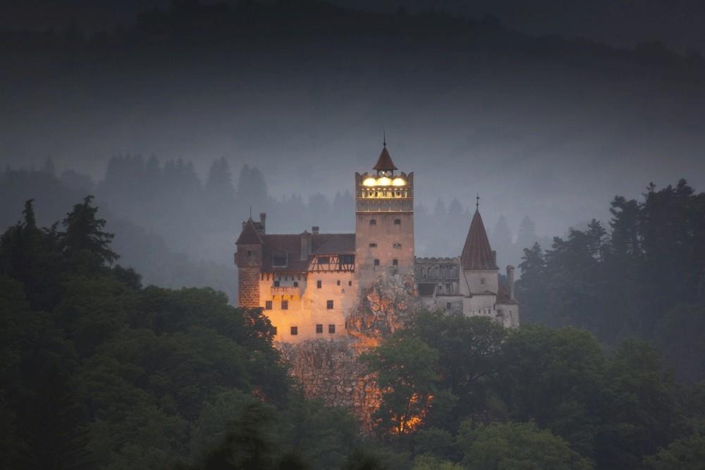 Популярные туристические места вымышленные авторами книг