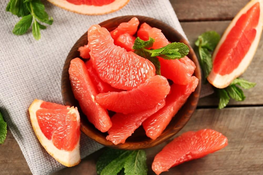 frukty protiv zhira grejpfrut