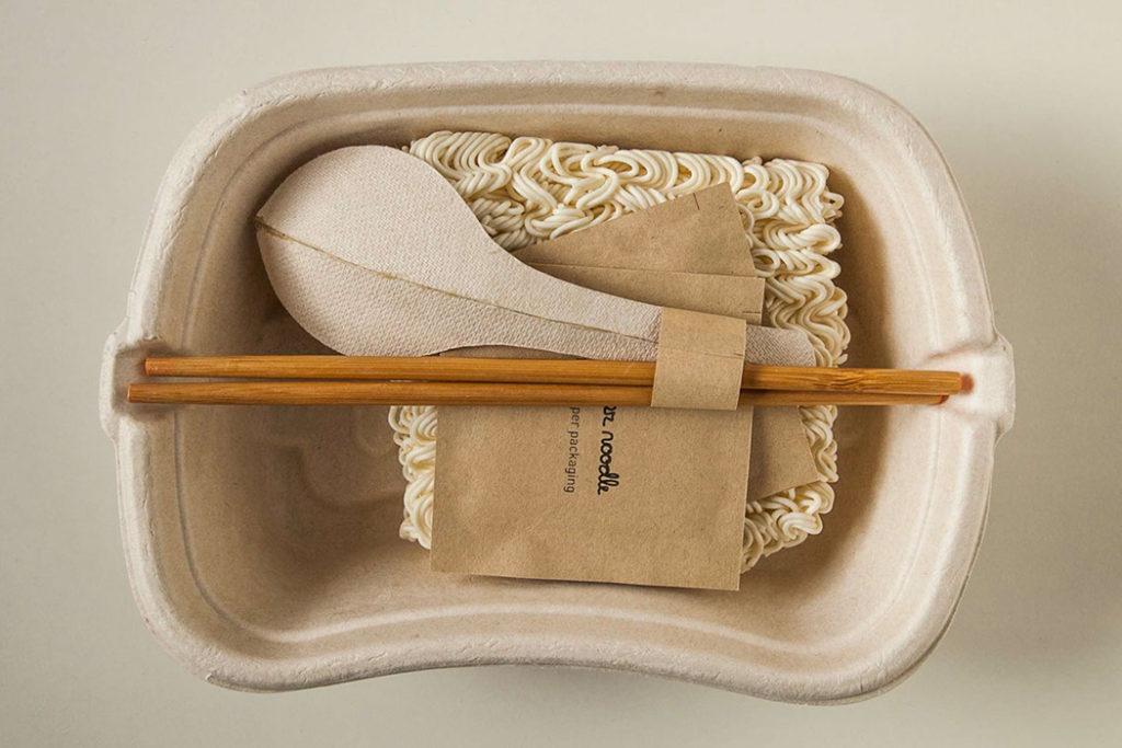03 100percentpaper cupnoodles packaging yankodesign