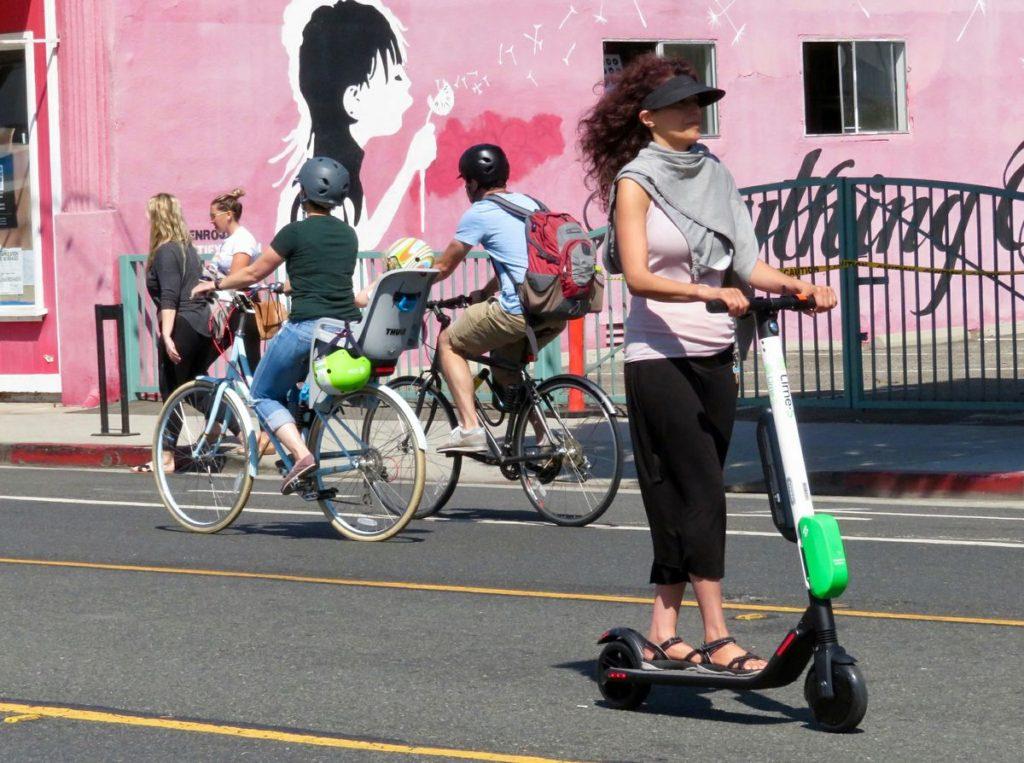 Электрический скутер - как личное средство передвижения