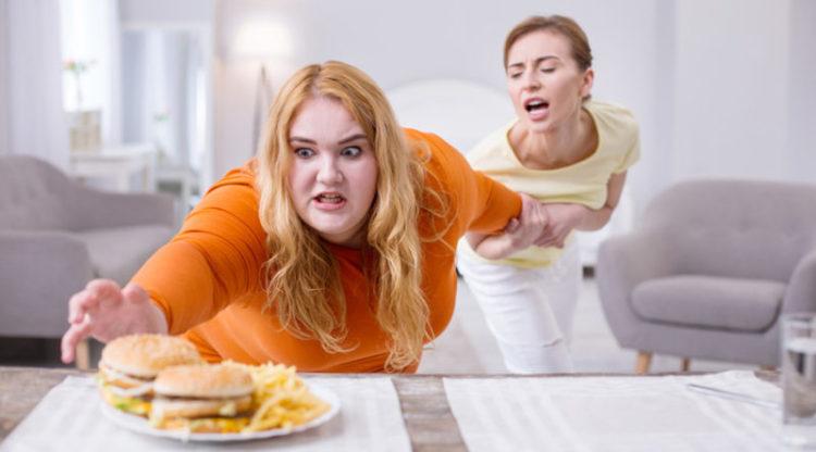 Булимия: переедание и очистка