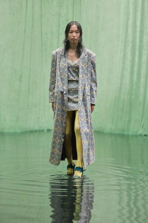 Неделя моды в Нью Йорке Maisie Wilen