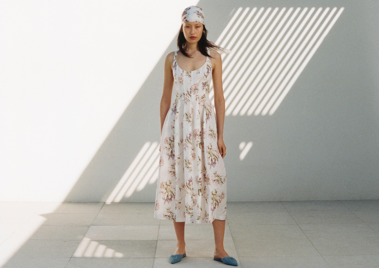 H&M выпустил коллаборацию с Brock Collection в мечтательном летнем стиле