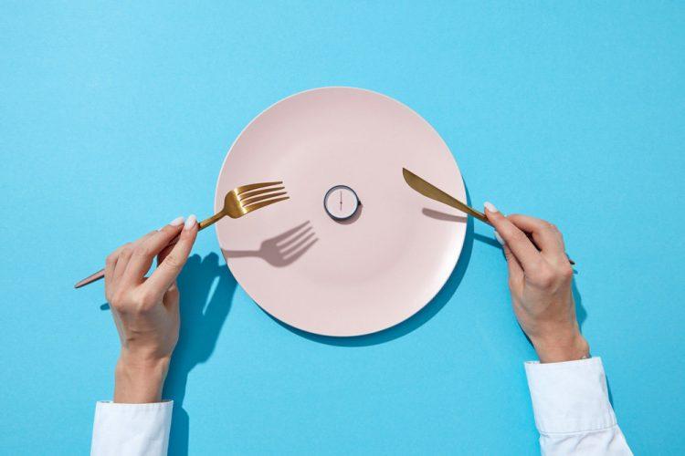 Недостатки и преимущества интервального голодания