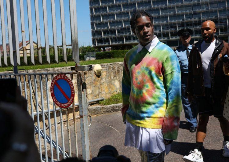 Летний уличный стиль в Париже 2020 г. Мужская уличная мода