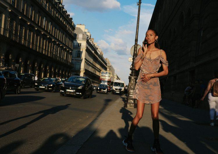 Летний уличный стиль  в Париже 2018 г