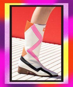 Сапоги Louis Vuitton Resort '22 с острым носком. Показ Louis Vuitton 2022