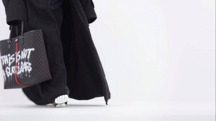 На последнем показе Balenciaga с аксессуарами Gucci весна-лето 2022