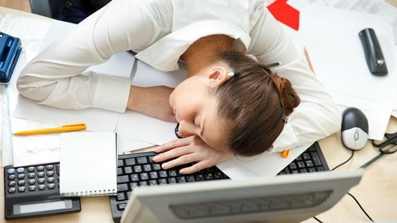 Синдром хронической усталости: факторы риска, симптомы и лечение