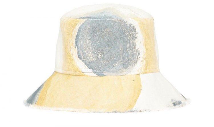 sir gabrielle penfold martine bucket hat