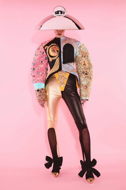 00001 schiaparelli couture fall 21 credit daniel roseberry brand