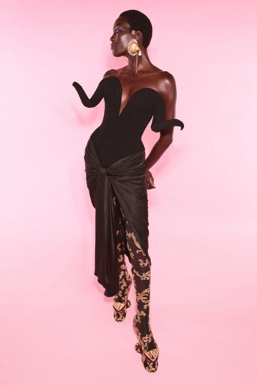 00009 schiaparelli couture fall 21 credit daniel roseberry brand