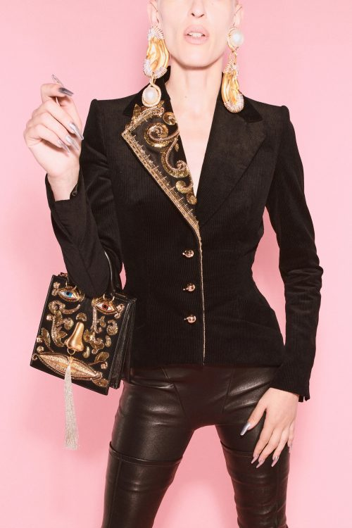 00018 schiaparelli couture fall 21 credit daniel roseberry brand