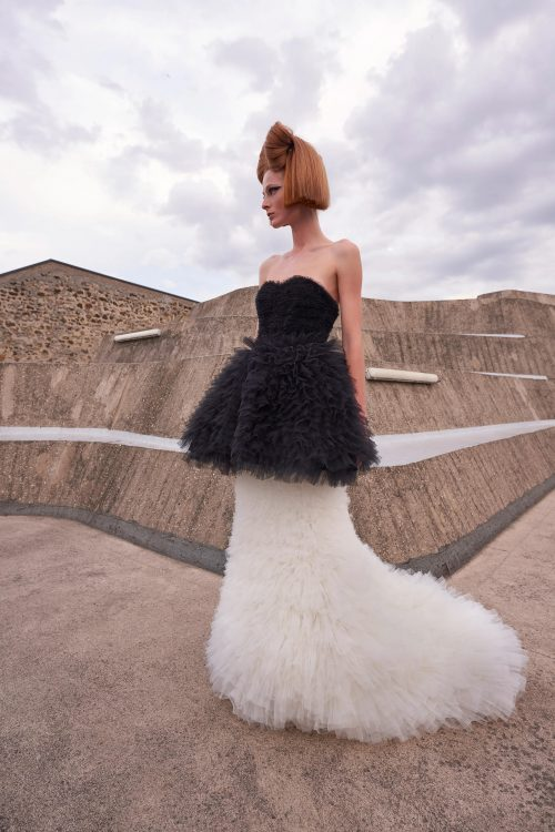 00021 giambattista valli couture fall 21 credit niemeyer courtesy of brand
