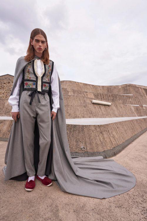 00026 giambattista valli couture fall 21 credit niemeyer courtesy of brand