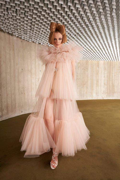 00027 giambattista valli couture fall 21 credit niemeyer courtesy of brand