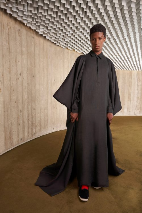 00029 giambattista valli couture fall 21 credit niemeyer courtesy of brand