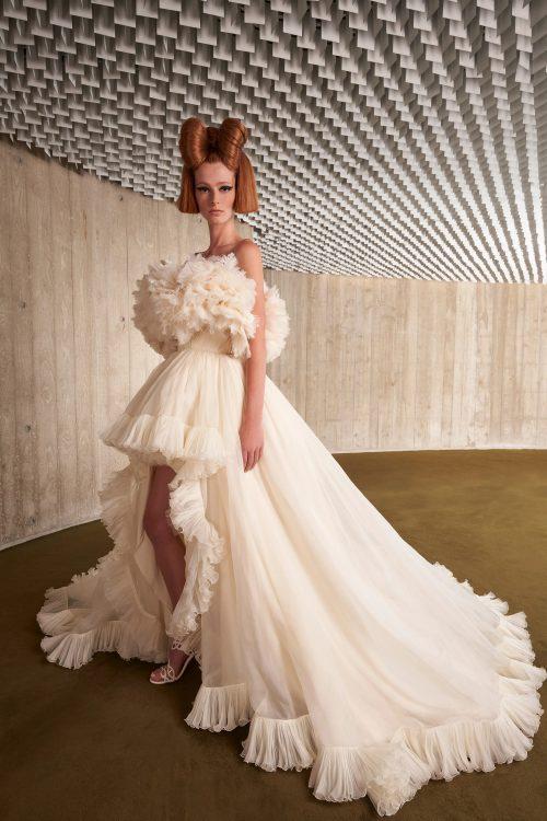 00037 giambattista valli couture fall 21 credit niemeyer courtesy of brand
