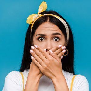 Неприятный запах изо рта: характеристики, причины и лечение